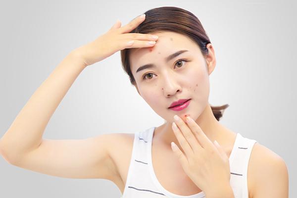 为什么会出现皮肤不吸收护肤品的情况